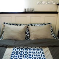 How I Met Your Mother's Pillow ~ A Flange Pillow Tutorial