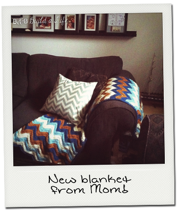 wave afghan from mom @ BandBBuildALife.com