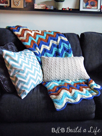 Sweater Pillows at BandBBuildALife.com