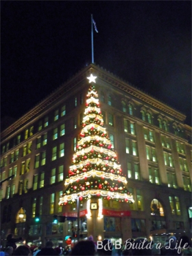 Pittsburgh Light Up Night @ BandBBuildALife.com