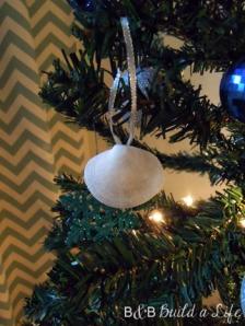 seashell ornaments @ BandBBuildALife.com