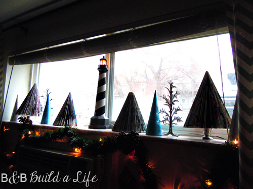 seaside Christmas Decor @ BandBBuildALife.com