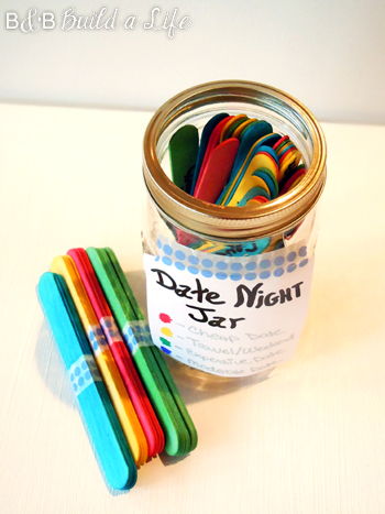 how to make a Date Night Jar @ BandBBuildALife.com