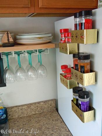 gilded spice rack @ BandBBuildALife.com