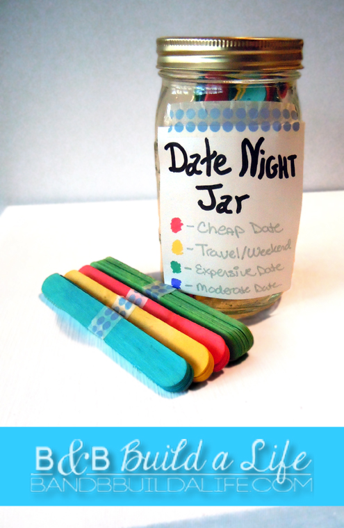 date night jar @ BandBBuildALife.com