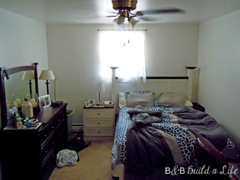 boring blue and gray bedroom BEFORE @ BandBBuildALife.com