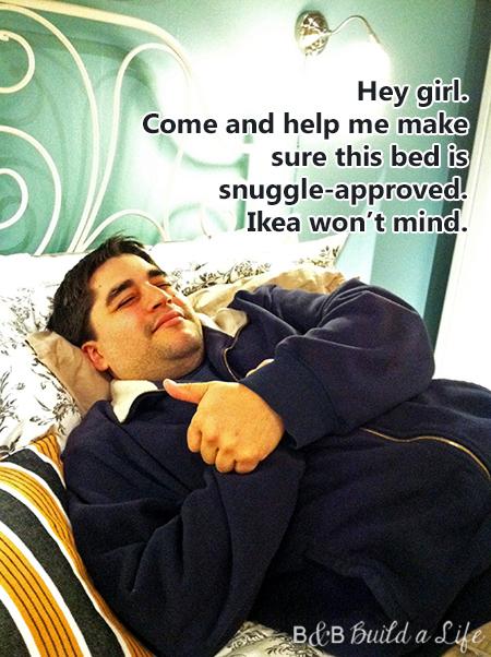 Hey Girl ikea snuggle @ BandBBuildALife.com