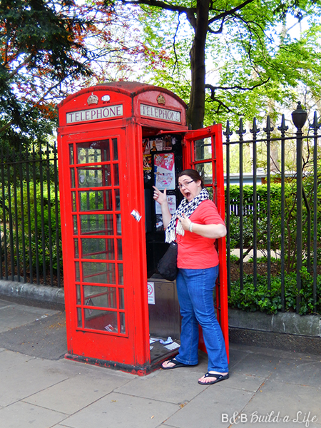 red phonebooth in london @ BandBBuildALife.com