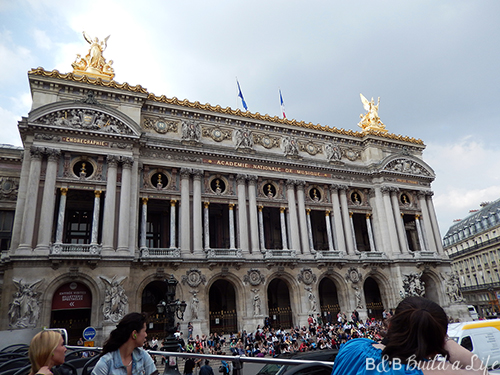 sightseeing in Paris @ BandBBuildALife.com