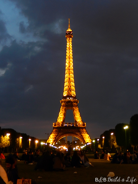 paris at night the eiffel tower @ BandBBuildALife.com