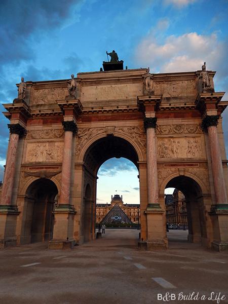 Louvre Museum at Sunset @ BandBuildaLife.com