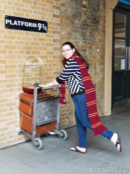Platform 9 3/4 Harry Potter @ BandBBuildALife.com
