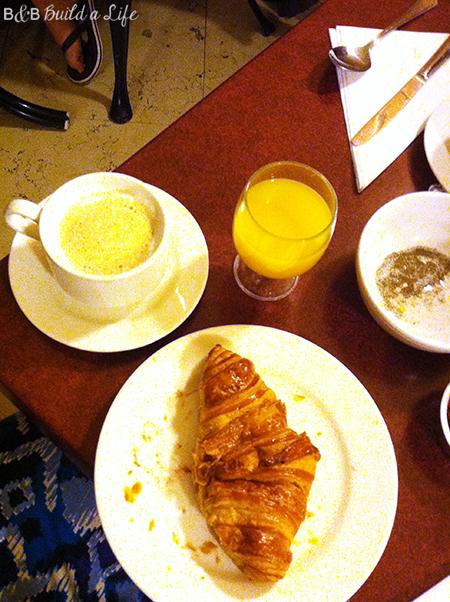 paris breakfast @ BandBBuildALife.com