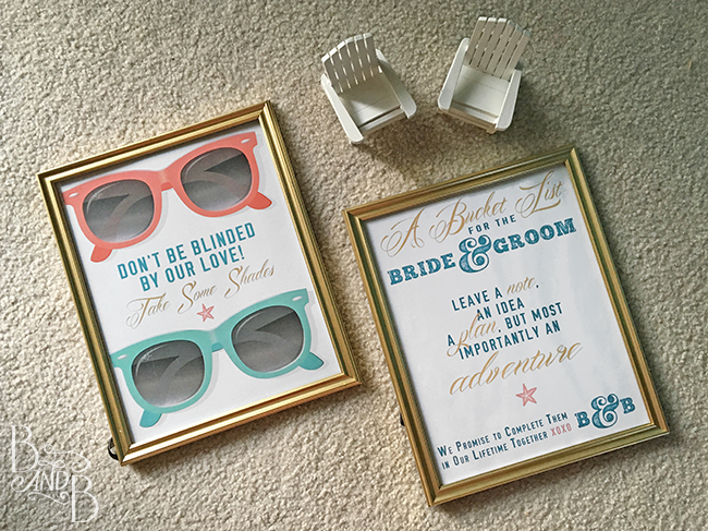 hashtag wedding sign and sunglasses wedding sign at BandBBuildALife