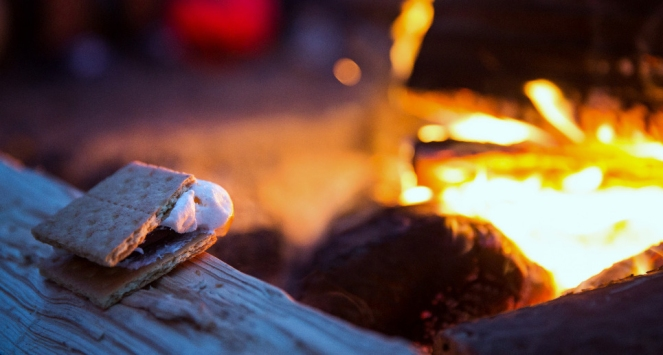 Via RajPatel - How to Make the Perfect S'more
