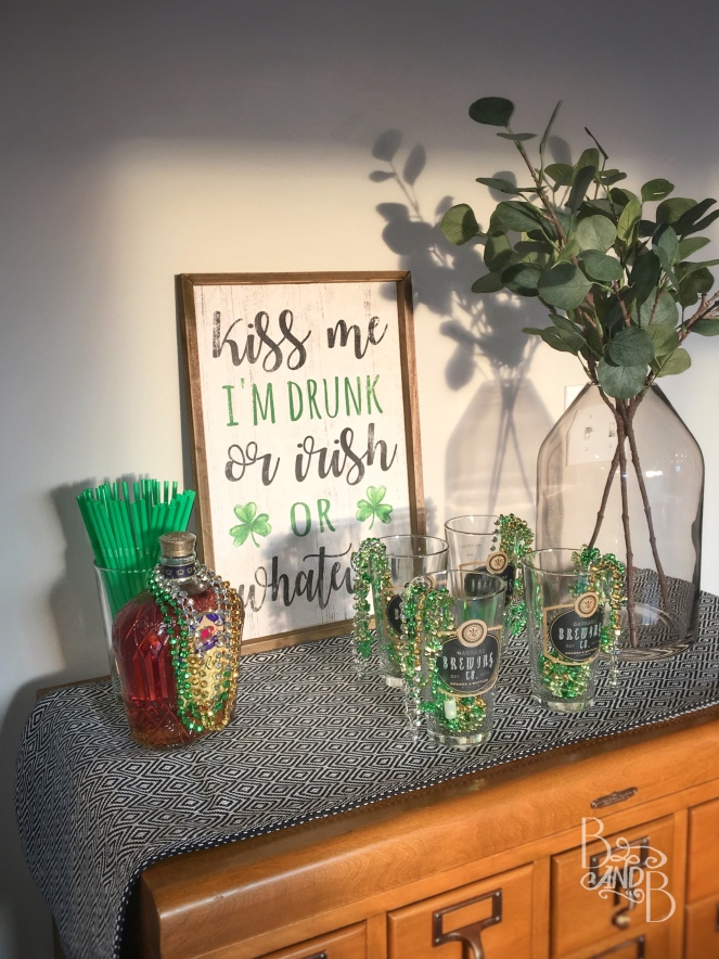 Saint Patrick's day card catalog bar